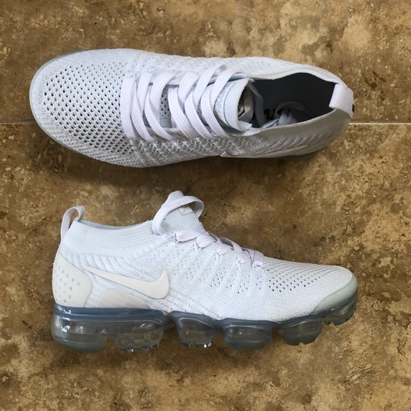 938a65ef227e W Nike Air Vapormax Flyknit 2  Pure Platinum